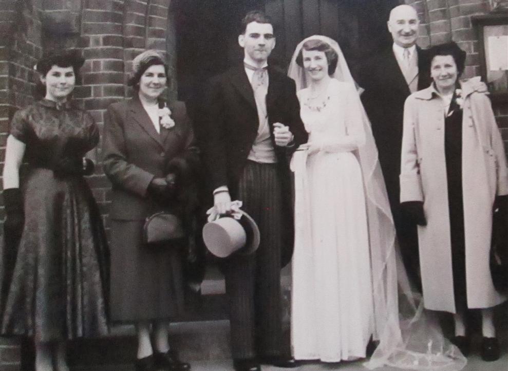 Wedding 3 cropped, screenshot